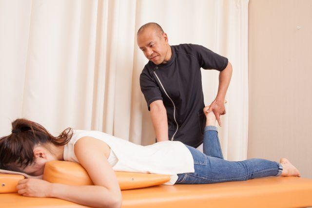 身体のゆがみを改善する骨盤矯正